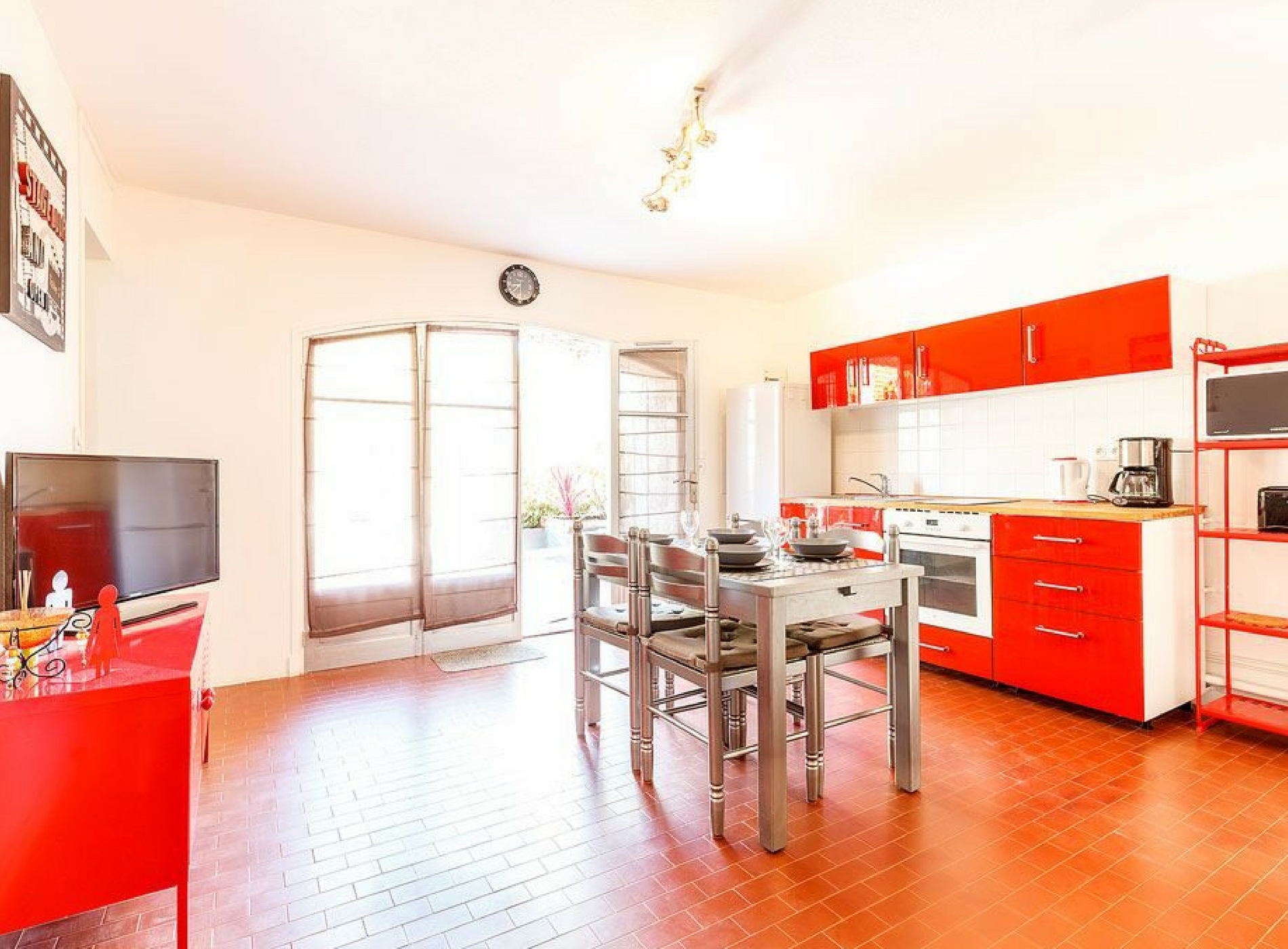 French Riviera apartment rental Raietea image 1